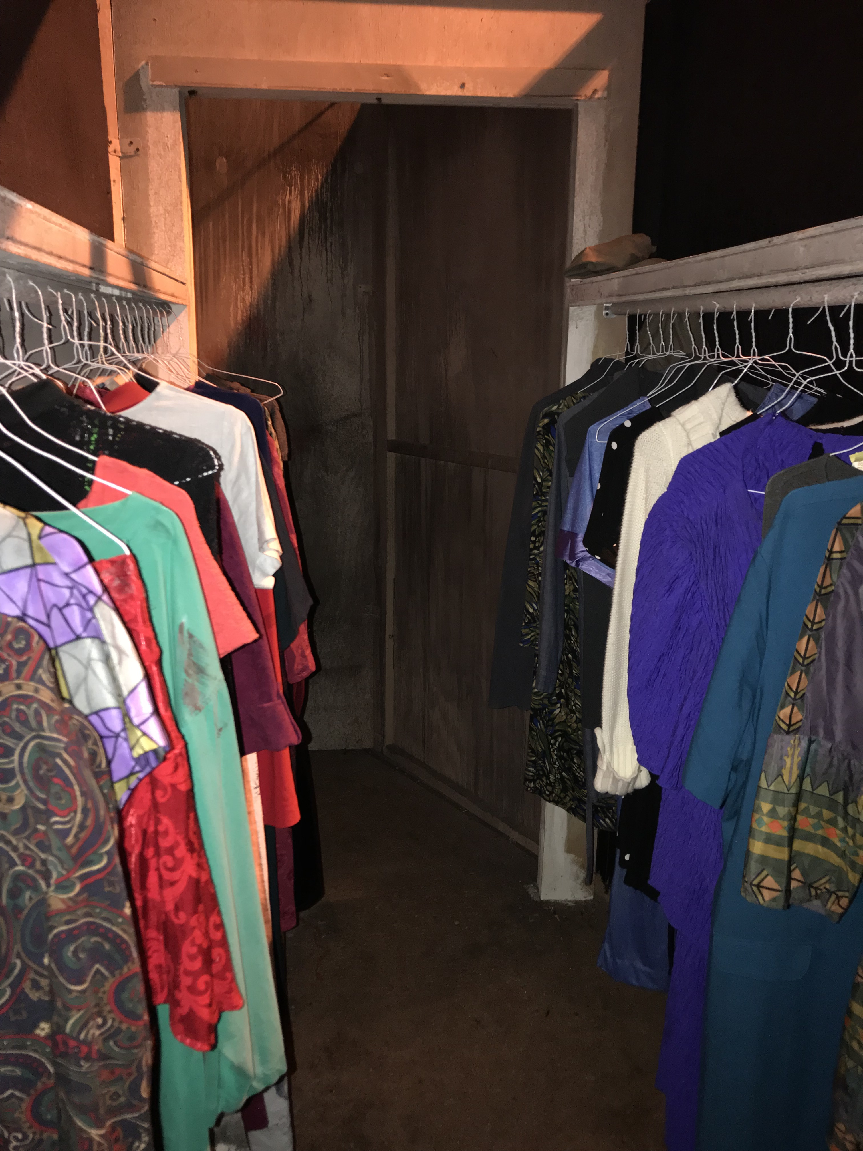 19 4 closet