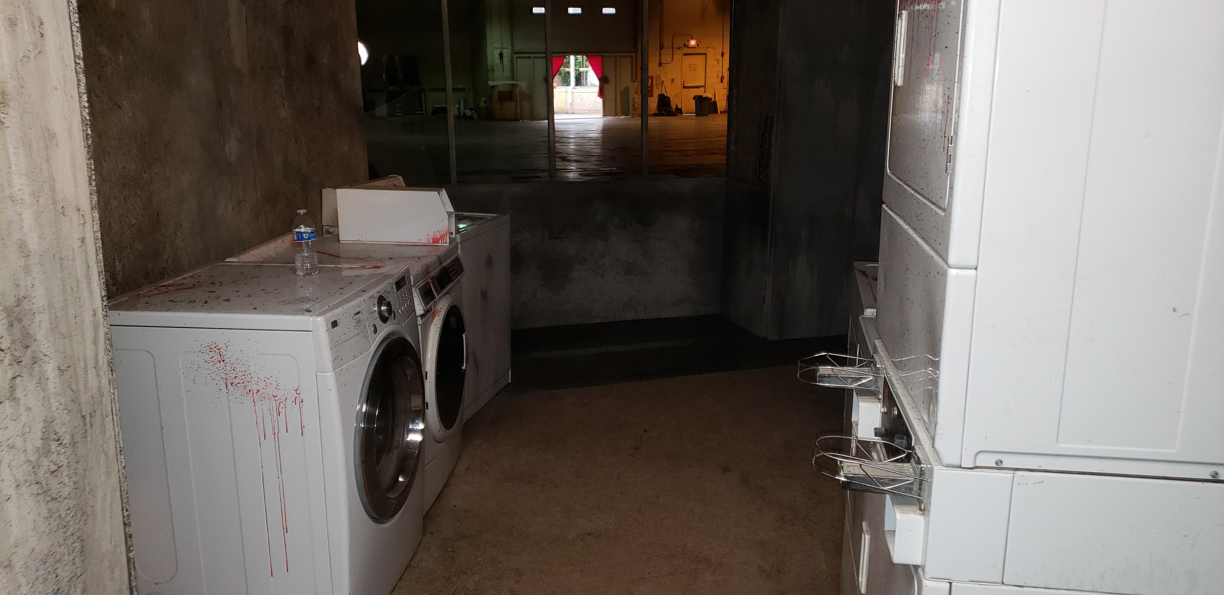 21 4 Laundromat